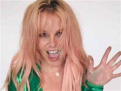 Britney Spears Announces 'Yellow' Phase In Neon Swimwear
