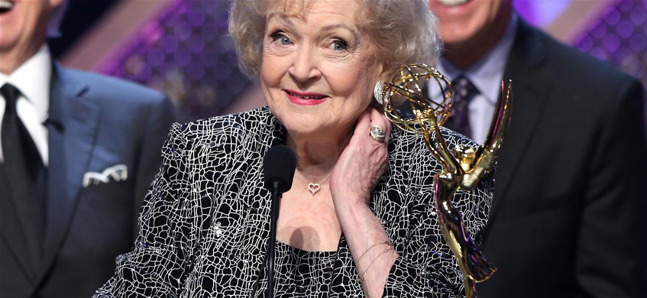 Article Announcing Betty White's Death Exposed as Fake News