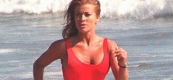 Carmen Electra Remembers Steamy 'Baywatch' Shower Scenes