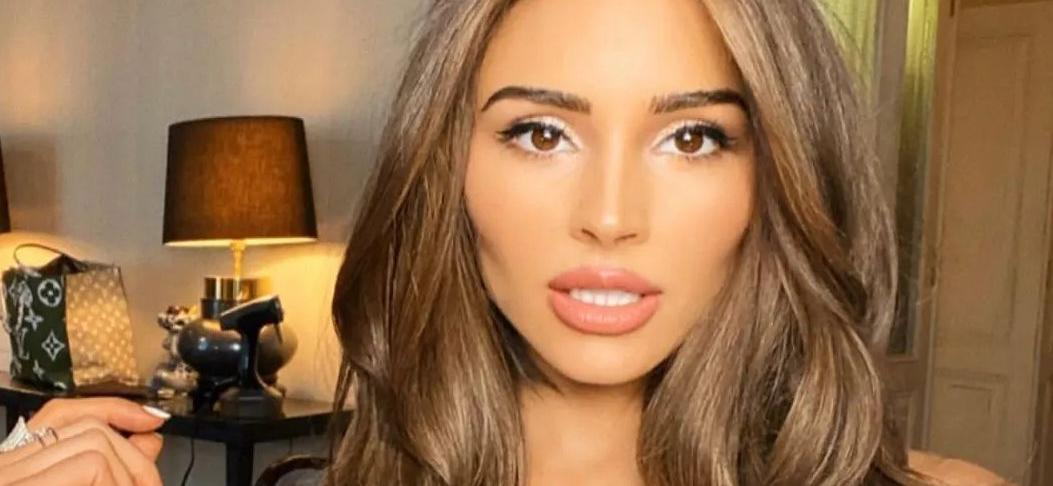 Olivia Culpo Disappoints With 'Lackluster' Miss Universe Hosting