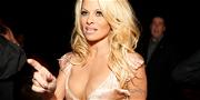 Pamela Anderson Secretly Marries Her Bodyguard After Falling In Love During Lockdown!