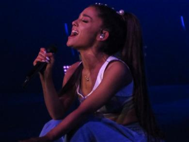Ariana Grande Showed Off Natural Hair And Fans Love It