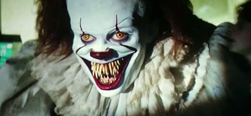 One Fan Will Earn $1,300 By Watching 13 Stephen King Movies Before Halloween
