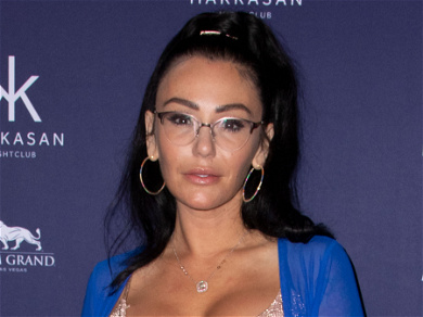 JWoww Preps For First Christmas Since Divorce By Decking The Halls With Kids