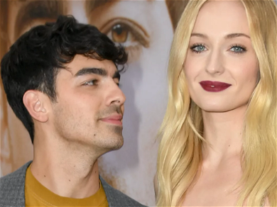 Joe Jonas & Sophie Turner Post First Picture After Birth Of Daughter On Instagram