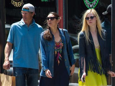 Dakota & Elle Fanning's Parents Freshly Single After Divorce Finalized