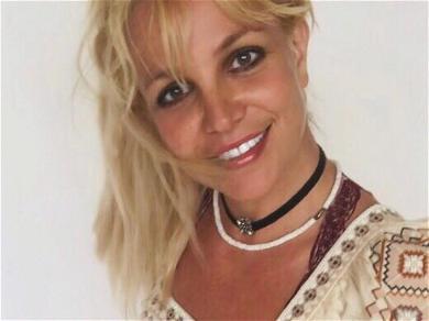 Britney Spears Turns Herself Into A 'T' In Stunning Bikini