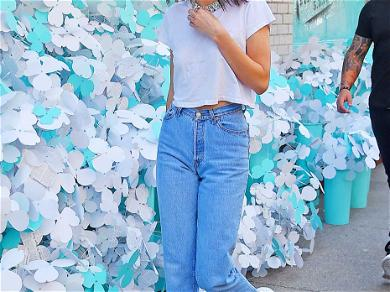 Kendall Jenner Paints New York Tiffany Blue