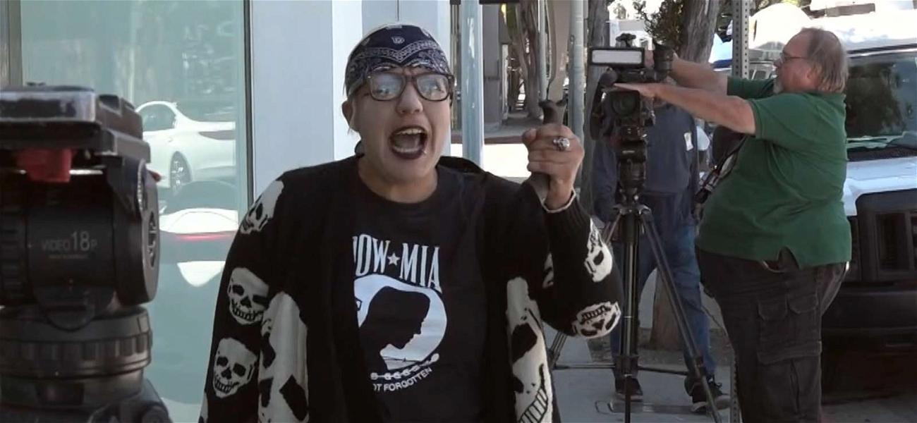 Kardashian Store Gun & Machete Wielding Woman Arrested
