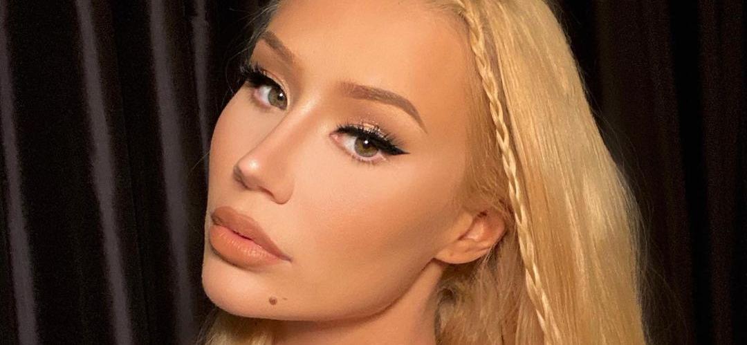 Iggy Azalea Flaunts Cute Waist, 'Bitch Face' For Skin-Colored Surprise