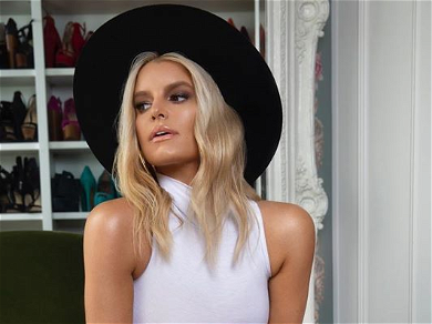 Jessica Simpson Crushes Date Night With 'No Pants Required'