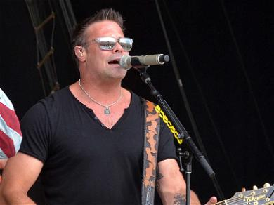 Country Star Troy Gentry Dies in Helicopter Crash