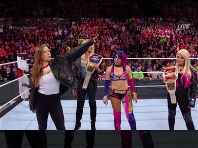 Ronda Rousey Shows Up at WWE 'Royal Rumble'