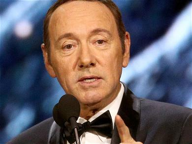 Kevin Spacey Denies Threatening Sexual Battery Accuser With 'House of Cards' Video