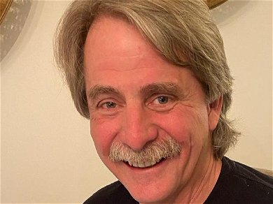 Jeff Foxworthy Shares Adorable Pic Of His Baby Grandson! Prepare For Grandpa Jokes!