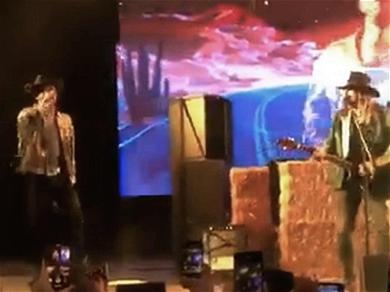 Lil Nas X and Billy Ray Cyrus Perform 'Old Town Road' Live for the First Time
