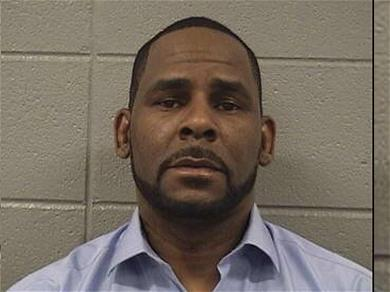 R. Kelly Under Arrest After Failing to Pay Child Support, Taken into Custody at Court