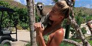 Hailey Baldwin Looks Amazing While Playing With a Lemur in a Bikini