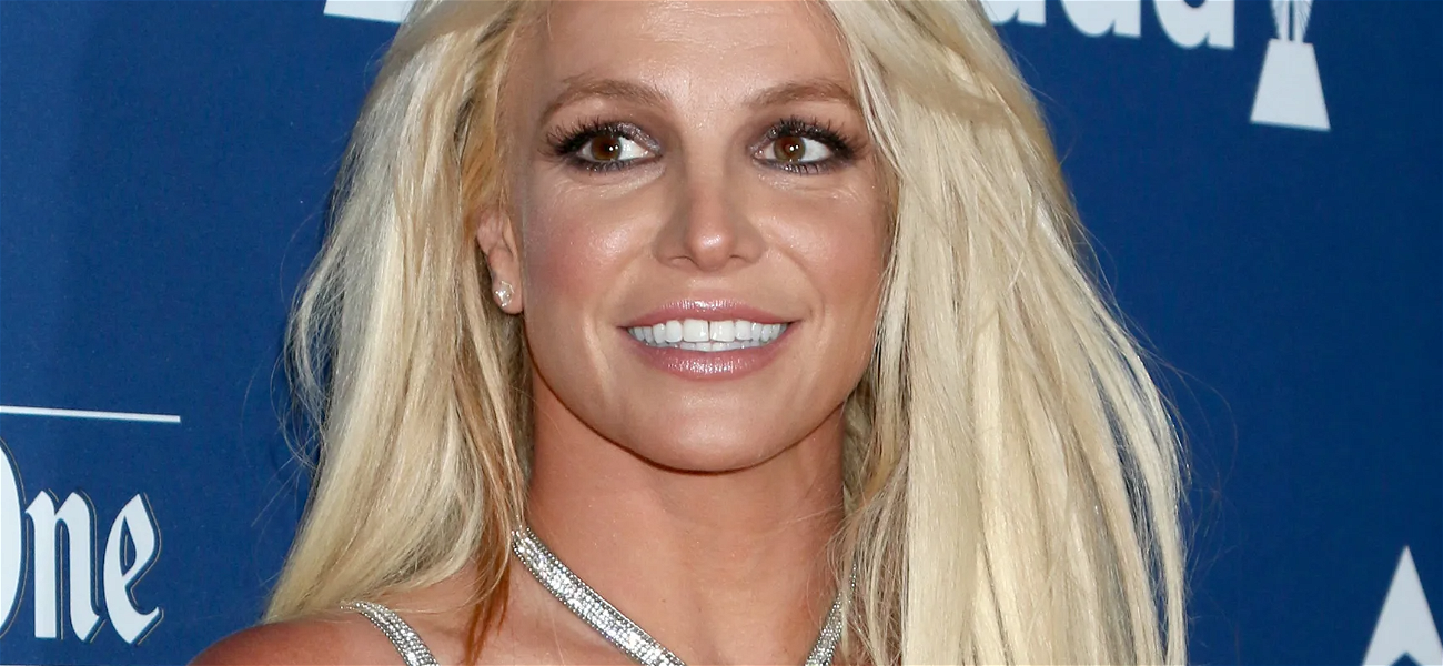 Britney Spears All Smiles In Minuscule Shorts After Secret Message Scramble