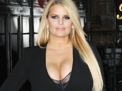 Jessica Simpson Teases 100-Pound Weight Loss By Flashing Peek Up Her Shirt
