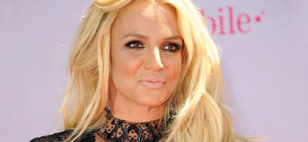 Britney Spears Celebrates Weirdness With Butterflies Confidence