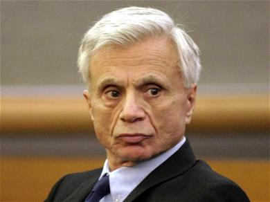Robert Blake Finalizes Divorce with Estranged Wife, Cuts $5,000 Settlement Check