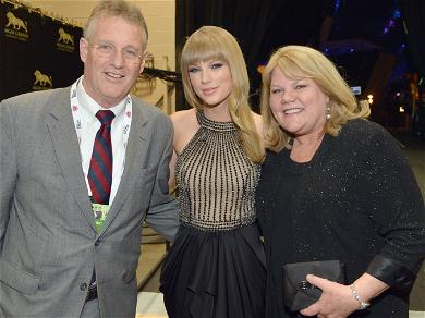Taylor Swift's Parents Turned Emotional As Their Daughter Won Artist Of the Decade