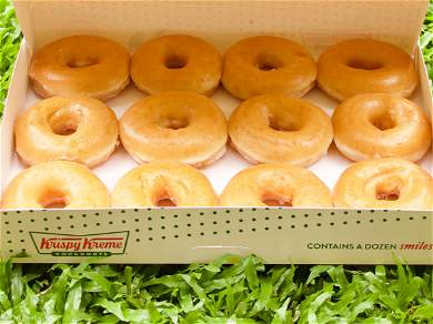 Krispy Kreme Offers FREE Doughnuts To Anyone With COVID-19 Vaccination