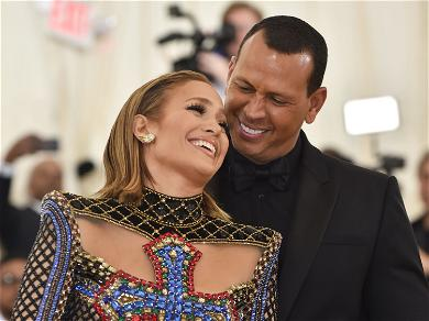 Are Jennifer Lopez and Alex Rodriguez Getting Married During the Super Bowl Halftime Show?