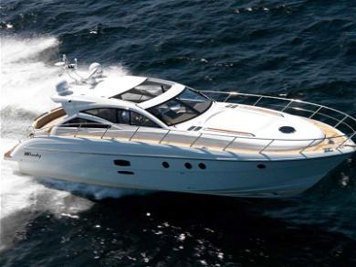 Selena Gomez's Australian Yacht Is Insane: Check it Out!