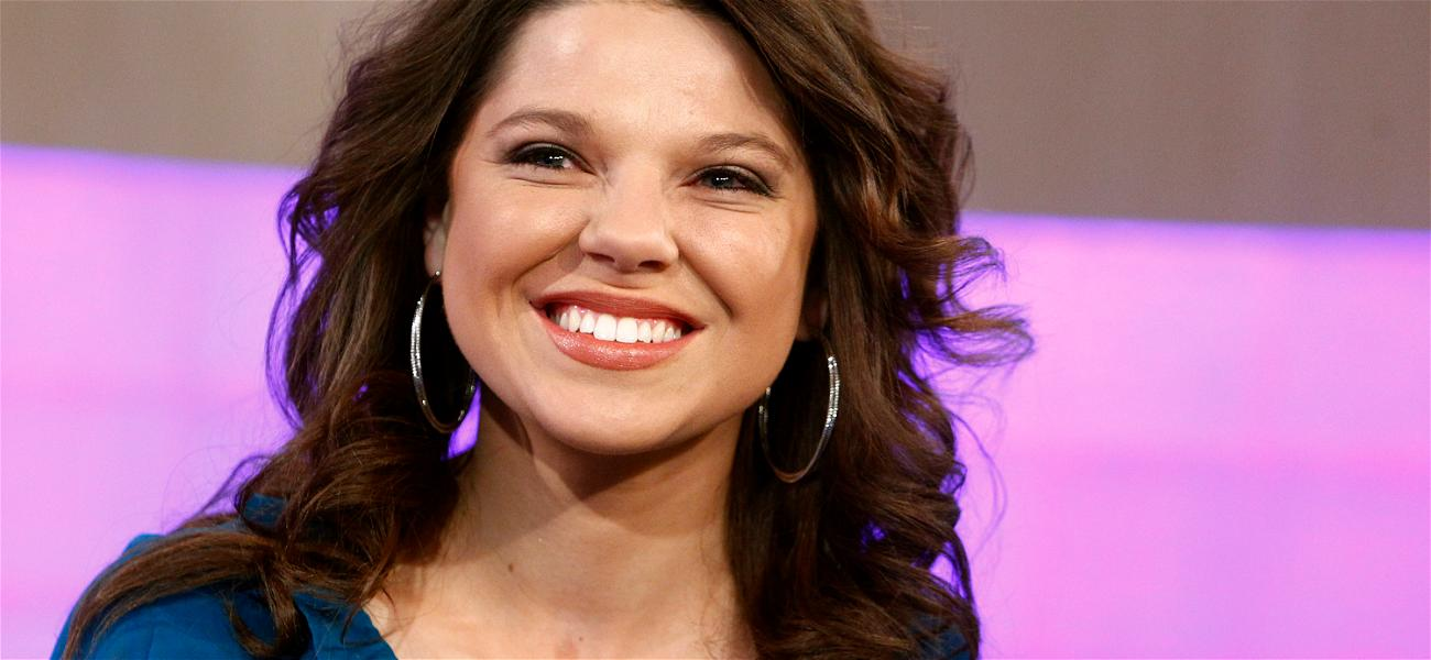 'Counting On' Star Amy Duggar Thanks Derick Dillard For Exposing 'Dark Areas' Of The Family
