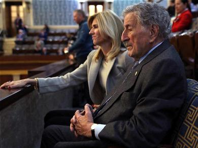 Tony Bennett Shows Up to Congress to Support BFF Nancy Pelosi