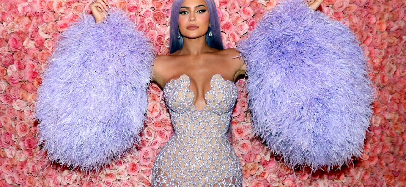 Kylie Jenner Was In A Car Accident On The Way TO Demi Lovato's Halloween Party