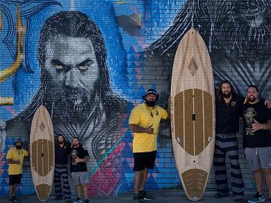Jason Momoa Took 'Aquaman' Street Artists to Australian Premiere