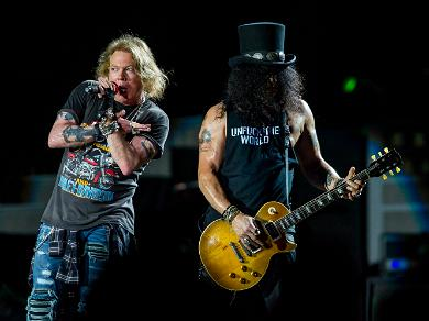 Watch Guns 'N Roses' Perform 'Knockin' On Heaven's Door' for Kobe & Gianna in Touching Viral Tribute