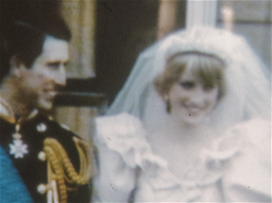 Prince Charles' Engagment Gift To Late Princess Diana Will Go Up For Auction