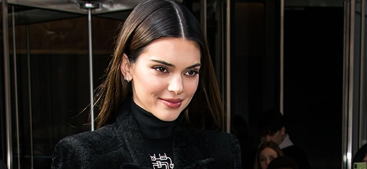 Kendall JennerShuts Down Pregnancy Rumors