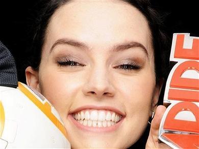 'Star Wars' Star Daisy RidleyBlacklisted By Hollywood?!