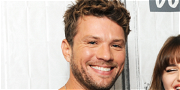 Ryan Phillippe All Smiles With Friends After Settling Ex-GF's Assault Lawsuit