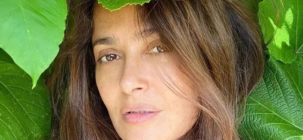 Salma Hayek's Braless Throwback Deemed Addictive By Instagram
