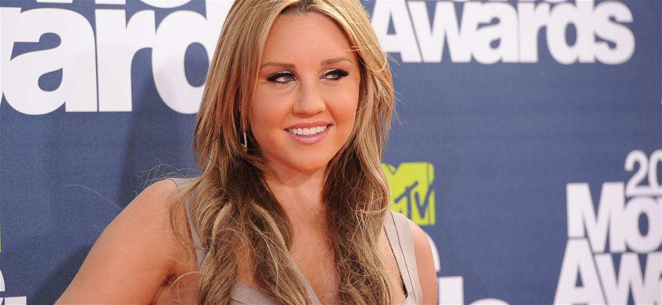 Is Amanda Bynes' Engagement For Real? Some Fans Don't Think So