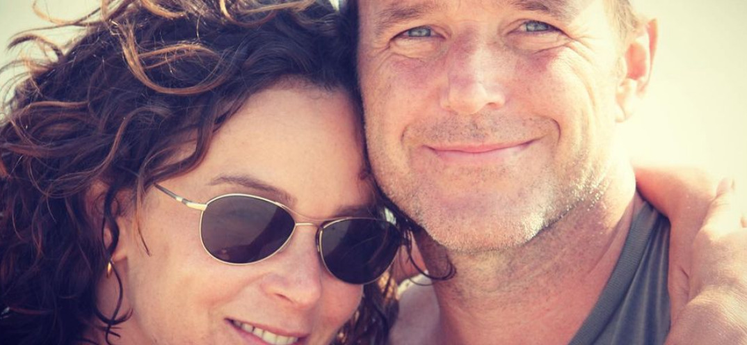 Jennifer Grey Keeps 'Dirty Dancing' Money In Divorce Settlement With Clark Gregg
