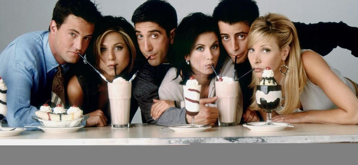 'Friends' Reboot Rumors Ignited After Jennifer Aniston, Courteney Cox and Lisa Kudrow's Girls Night
