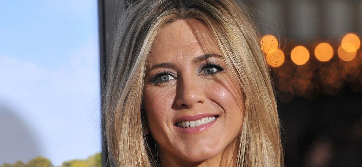 Jennifer Aniston Clocks 27 Million Views With 'Friends' Reunion Trailer