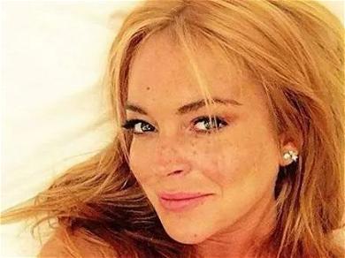 Lindsay Lohan Spreads Kindness From Arabian Desert