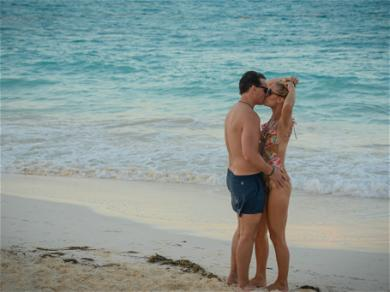 Peter Facinelli With Girlfriend in Cancun
