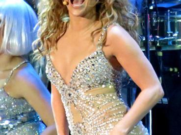 Jennifer Lopez Inspires Moms to Share Bikini Selfies in Celebration of Positive Body Image