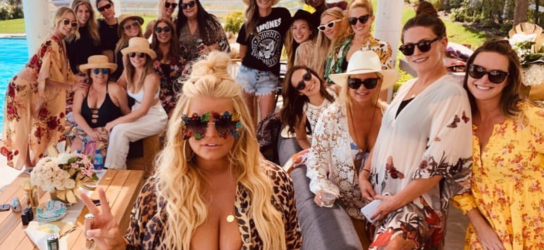 Jessica Simpson Rings In Last Year of Thirties With All Girls' Pool Party