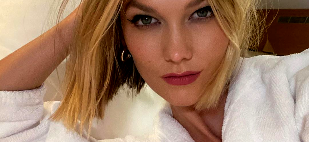 Stars Like Karlie Kloss Want You To Text Them, So Here's Her Number