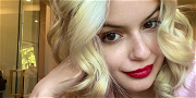 Ariel Winter Hits The Carwash All Curves With Candyfloss Hair